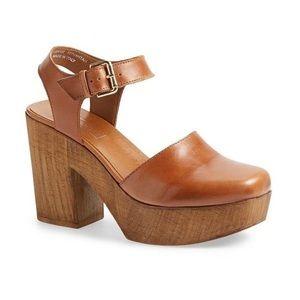 Topshop Smile Tan Shoe